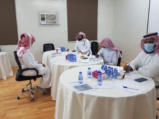 الجمعية تجري المقابلة الشخصية للمتقدمين لوظائفها